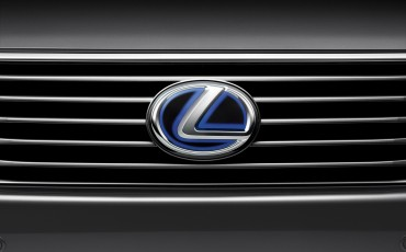 20120306_05_Lexus_introduceert_vernieuwde_RX_450h_Hybrid