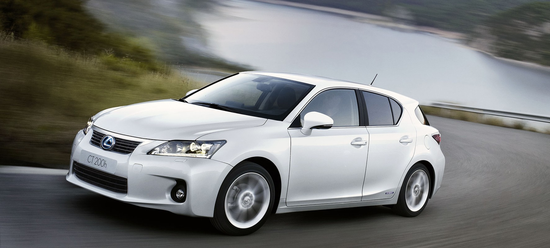 Lexus Premium Offer: CT 200h mét winterbanden