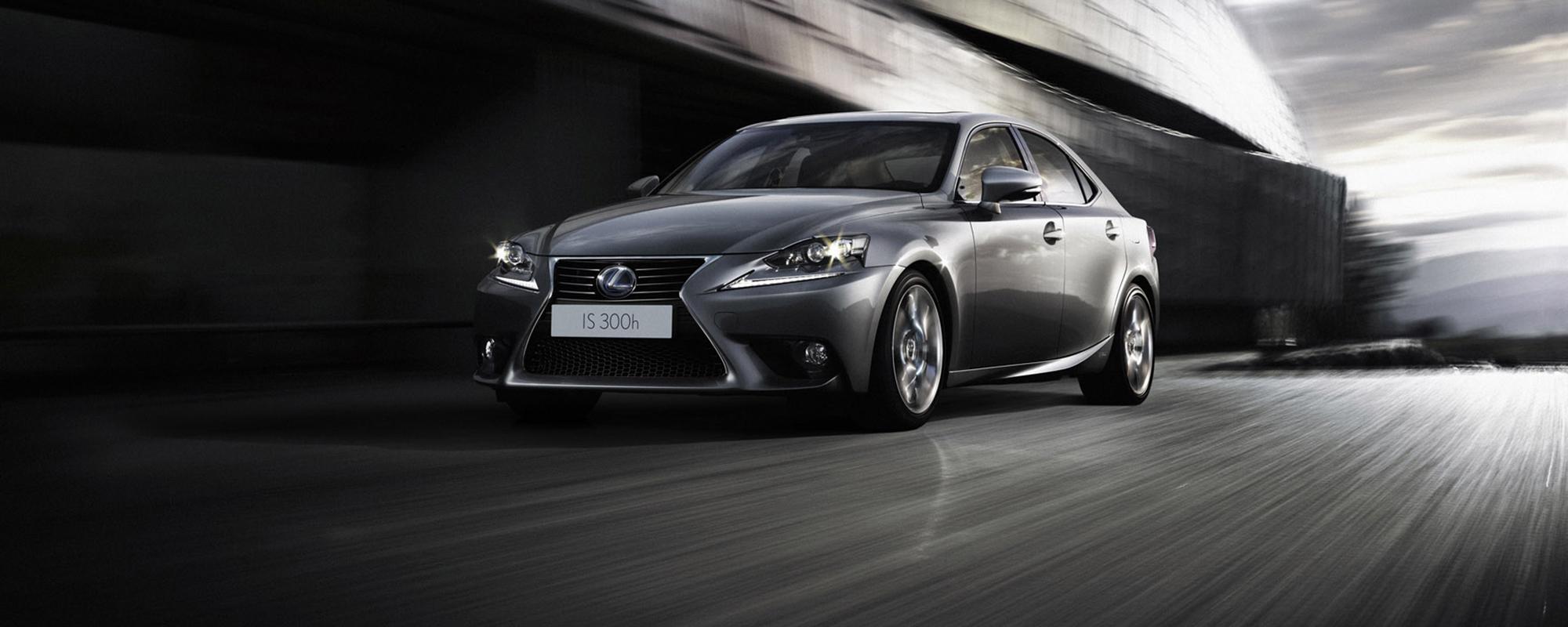 Lexus IS 300h: samenspel van luxe, ruimte en rijdynamiek