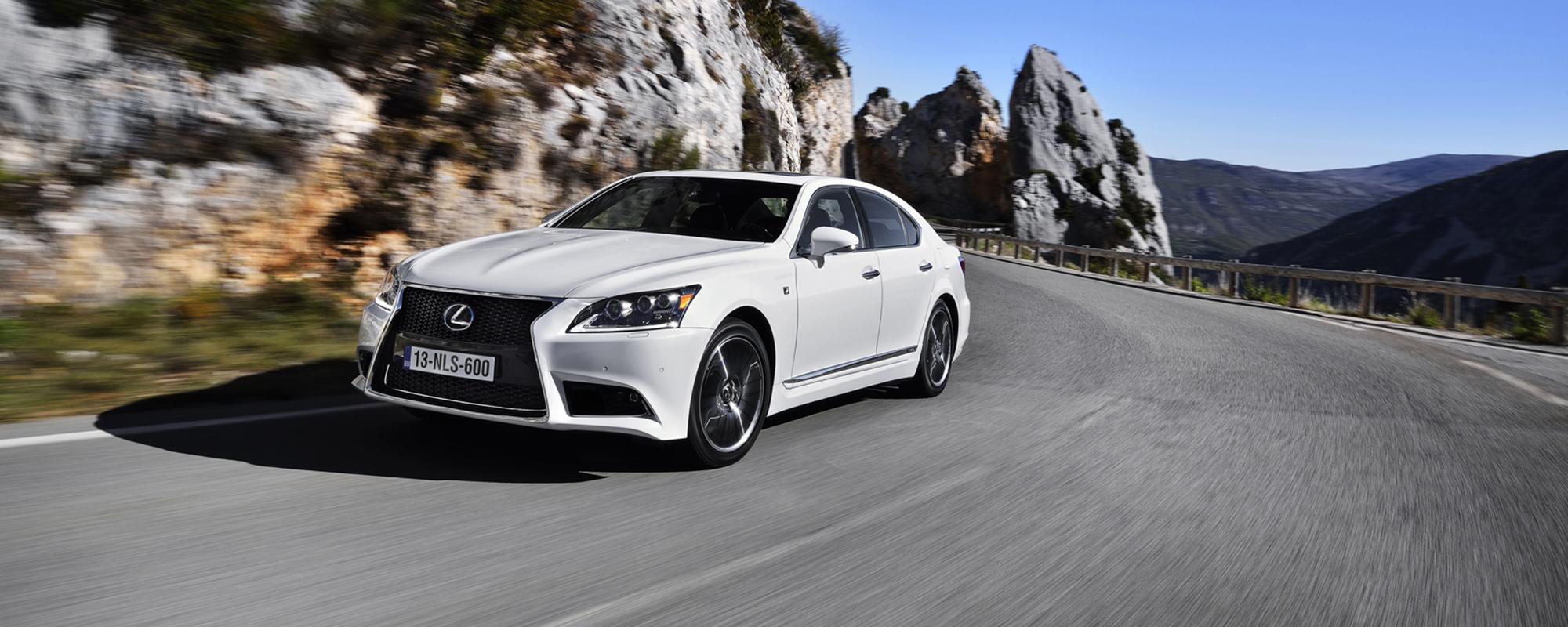 ADAC: Lexus heeft beste voetgangersdetectie
