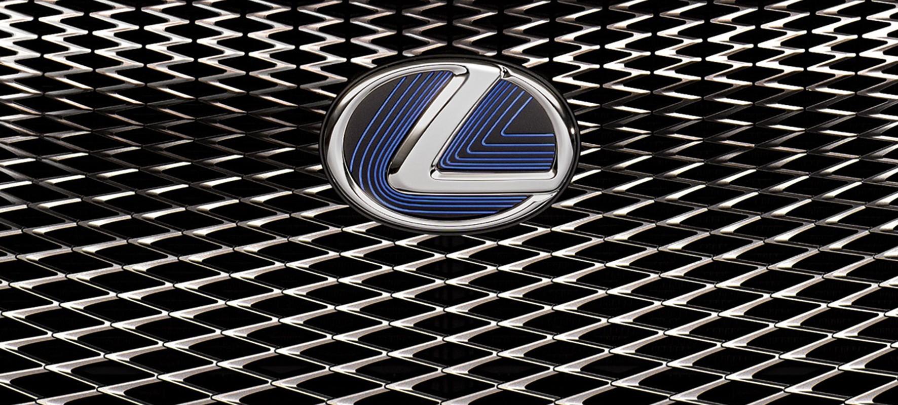 Lexus onthult nieuwe IS