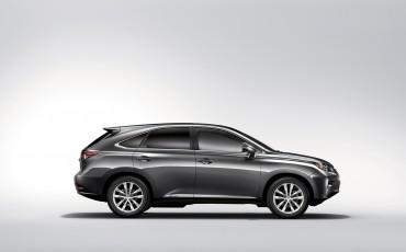 20120306_03_Lexus_introduceert_vernieuwde_RX_450h_Hybrid