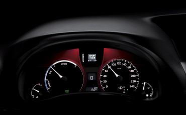 20120306_10_Lexus_introduceert_vernieuwde_RX_450h_Hybrid