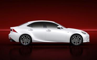 20130109_05_Nieuwe_Lexus_IS_onthuld_design_luxe_en_dynamiek