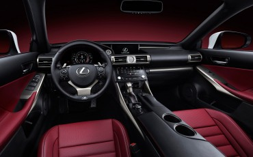 20130109_06_Nieuwe_Lexus_IS_onthuld_design_luxe_en_dynamiek