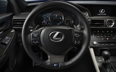 20130113_06-Lexus_RC_F_op_North_American_International_Auto_Show_NAIAS_Detroit