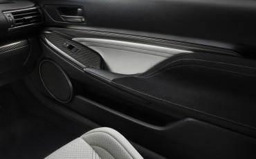 20130113_07-Lexus_RC_F_op_North_American_International_Auto_Show_NAIAS_Detroit