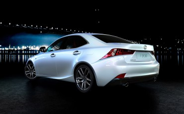 20130416_03_Lexus_IS_300h_FSport