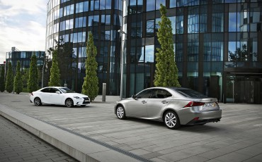 20130528_16_Lexus_IS_300h_HYBRID_geeft_rijden_een_nieuwe_dimensie