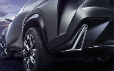 20131120_08-Lexus-LF-NC-Turbo-Concept-op-Tokyo-Motor-Show