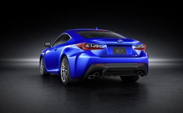 20140108_03-Lexus_RC_F_maakt_debuut_op_North_American_International_Motor_Show_in_Detroit_en_krijgt_een_dikke_V8_met_meer_dan_450_pk