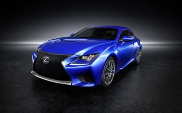 20140108_04-Lexus_RC_F_maakt_debuut_op_North_American_International_Motor_Show_in_Detroit_en_krijgt_een_dikke_V8_met_meer_dan_450_pk