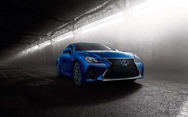 20140108_06-Lexus_RC_F_maakt_debuut_op_North_American_International_Motor_Show_in_Detroit_en_krijgt_een_dikke_V8_met_meer_dan_450_pk