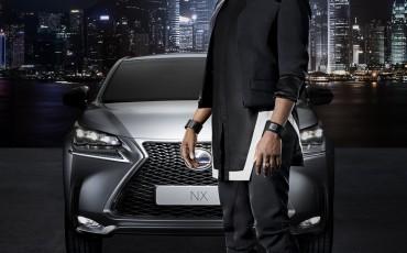 20140801_02-Will_i_am_scherpt_Lexus_NX_Striking_Angles_campagne_aan