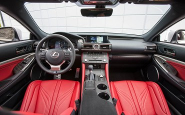20140905_11_Lexus_RC_F_hoogwaardige_techniek_en_potente_prestaties