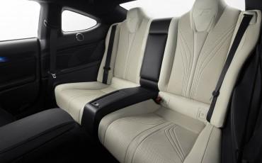 20140905_20_Lexus_RC_F_hoogwaardige_techniek_en_potente_prestaties