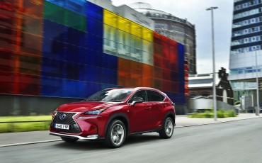 20140930-03-Lexus-NX-300h-game-changer-met-striking-design-Lexus-NX-300h-F-Sport-Line
