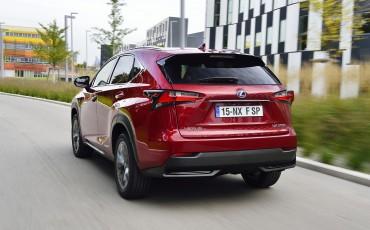 20140930-10-Lexus-NX-300h-game-changer-met-striking-design-Lexus-NX-300h-F-Sport-Line