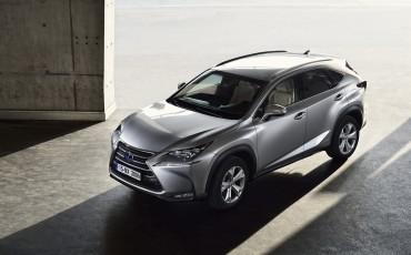 20140930-11-Lexus-NX-300h-game-changer-met-striking-design