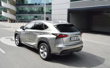 20140930-14-Lexus-NX-300h-game-changer-met-striking-design