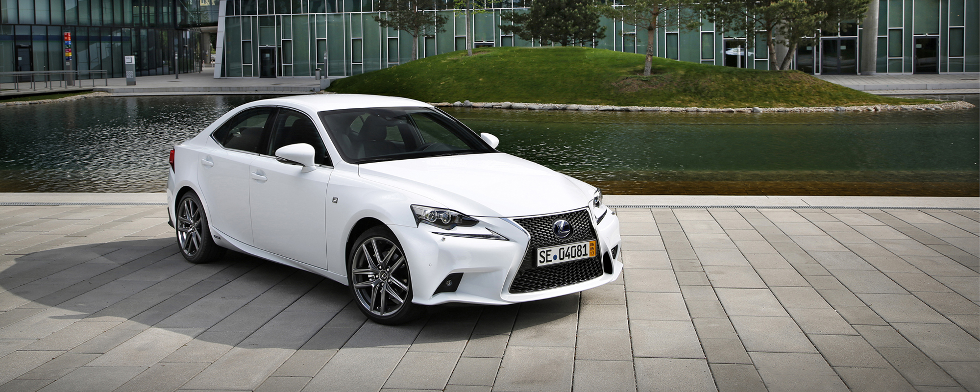 Lexus rijders het meest tevreden over hun auto