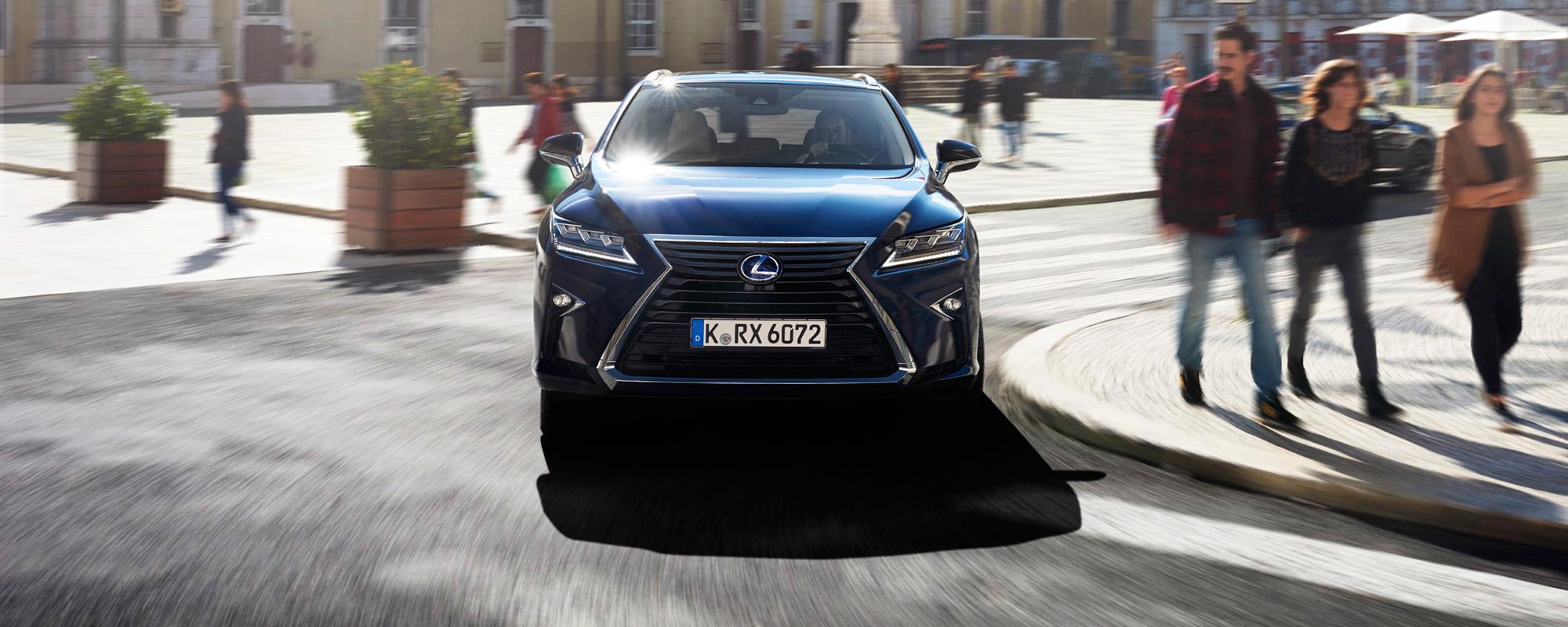 Nieuwe Lexus RX beschermt voetgangers het beste van alle grote premium SUV's