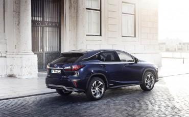 09-Lexus-RX-122015