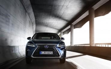 16-Lexus-RX-122015