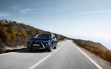 20-Lexus-RX-122015