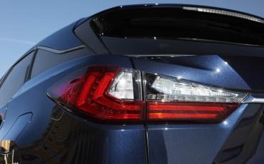 33-Lexus-RX-122015