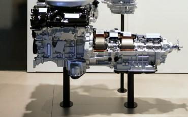 Lexus-LC-500h-Multi-Stage-Hybrid-System-18