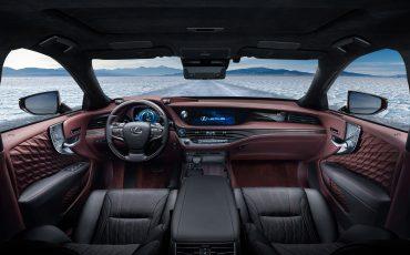 04-Lexus-toont-in-Geneve-ultieme-luxury-en-een-pure-raceauto-LS-500h