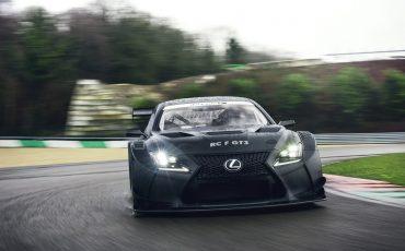 19-Lexus-toont-in-Geneve-ultieme-luxury-en-een-pure-raceauto-RC-F-GT3