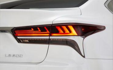 Lexus-LS-500-F-SPORT-19