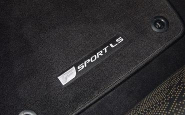 Lexus-LS-500-F-SPORT-38