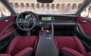 06-Lexus-LC500-interieur