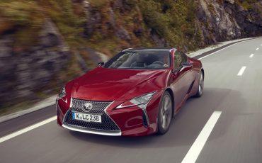 Lexus_LC500_dynamic_020