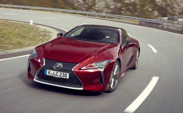 Lexus_LC500_dynamic_021