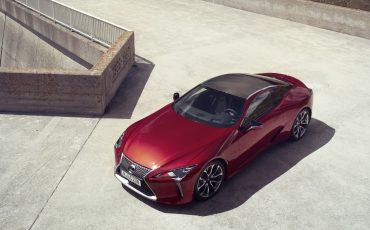 Lexus_LC500_static_003