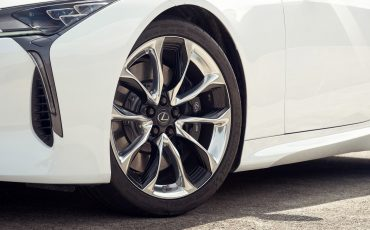 Lexus_LC500h_detail_002