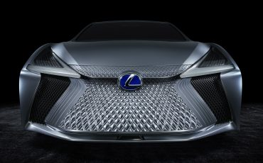 16-Lexus-LS-plus-Concept-014-Fr-Grille-close