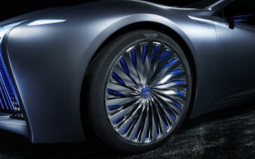 19-Lexus-LS-plus-Concept-017-Tire-Wheel