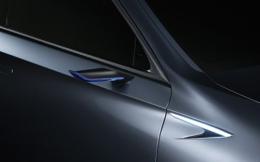 20-Lexus-LS-plus-Concept-018-Door-mirrors