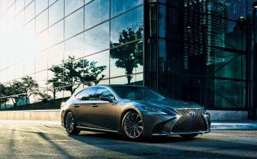 Lexus-LS-500h-01