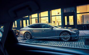 Lexus-LS-500h-08