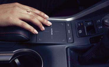 16-Lexus-NX-300h