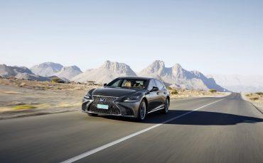 Lexus-LS-500h-exterieur-2018-1