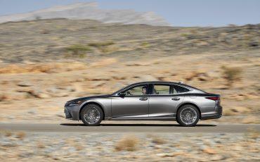 Lexus-LS-500h-exterieur-2018-12