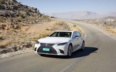 Lexus-LS-500h-exterieur-2018-3
