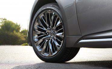 Lexus-LS-500h-exterieur-2018-34
